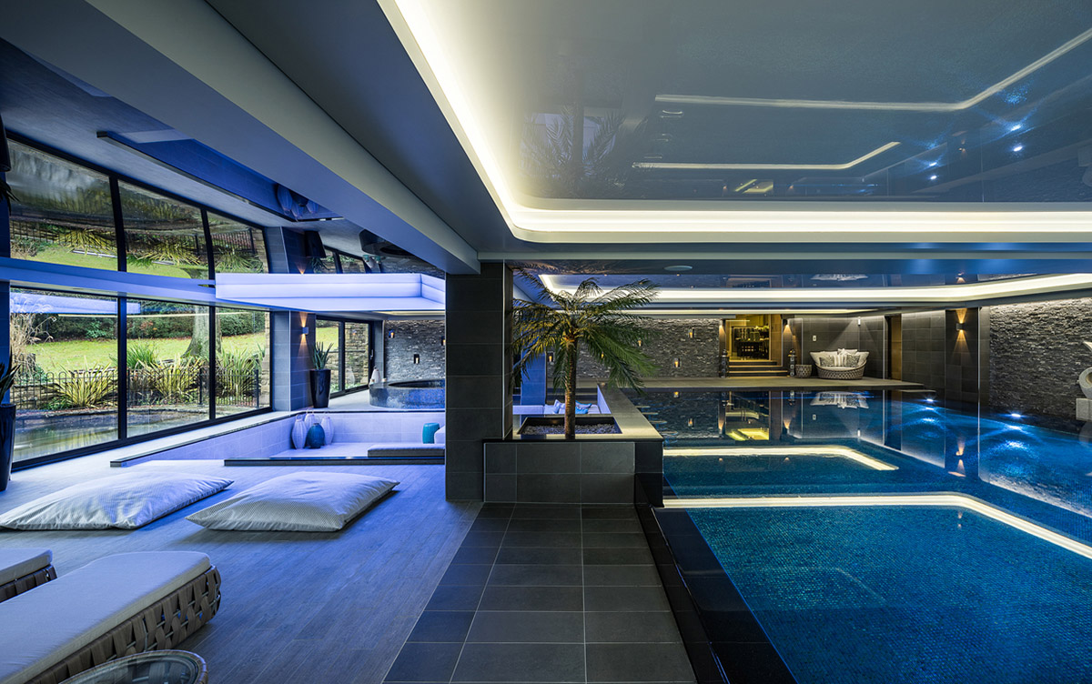 luxury pool room